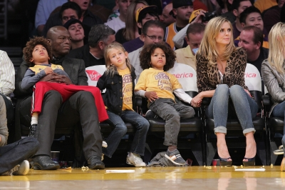 Heidi Klum, Seal and their children (Henry Samuel, Leni Samuel and Johan Samuel) attend an LA Lakers game on January 7, 2011