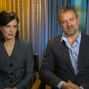 Hugh Bonneville & Elizabeth McGovern Talk 'Downtown Abbey' 2012 Golden Globes Nominations