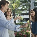 Bill Lawrence with Christa Miller and Courteney Cox on the set of 'Cougar Town'