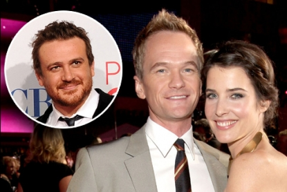 Neil Patrick Harris and Cobie Smulders, inset: Jason Segel