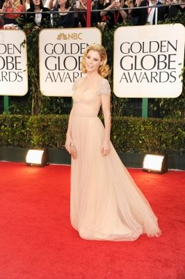 Julie Bowen arrives at the 69th Annual Golden Globe Awards held at the Beverly Hilton Hotel in Beverly Hills on January 15, 2012