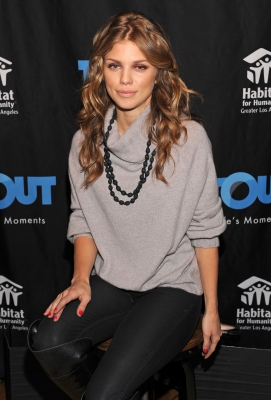 AnnaLynne McCord is spotted at Day 3 of the T-Mobile Google Music Village at The Lift in Park City, Utah on January 22, 2012