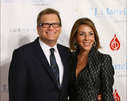Drew Carey and Nicole Jaracz attend the 36th annual T.J. Martell Foundation's Honors gala at the Marriott Marquis Times Square in New York City on November 3, 2011