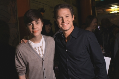 Justin Bieber with Billy Bush at the Michael Jackson hand and footprint ceremony at Grauman's Chinese Theatre, January 26, 2011