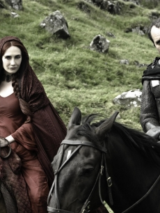 Carice van Houten as Melisandre and Stephen Dillane as Stannis Baratheon in HBO's 'Game of Thrones' Season 2