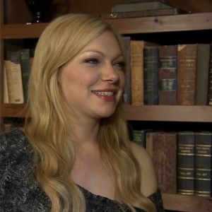 2012 Sundance Film Festival: Laura Prepon Talks Working With Bruce Willis In 'Lay The Favorite'