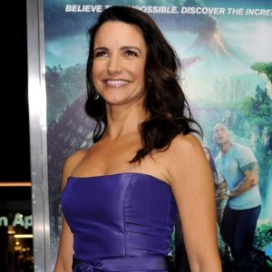 Kristin Davis Talks Working With Dwayne Johnson At 'Journey 2' Premiere