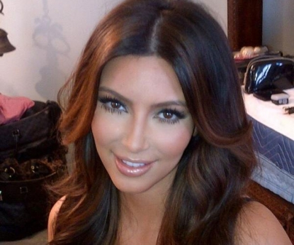 Kim Kardashian shows off her new hair color on Twitter on January 20, 2012