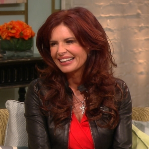How Did Roma Downey & Mark Burnett Meet & Fall In Love?