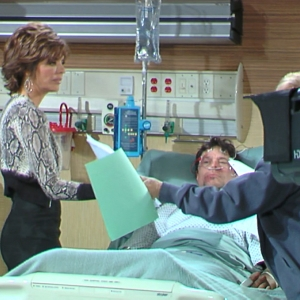 Lisa Rinna Returns To &#8216;Days Of Our Lives&#8217;