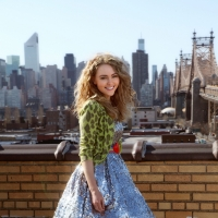 AnnaSophia Robb as Carrie Bradshaw in 'The Carrie Diaries'