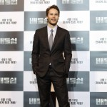 Taylor Kitsch poses at the &#8216;Battleship&#8217; press conference in South Korea on April 5, 2012 