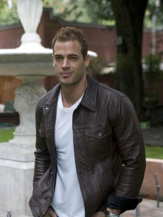 William Levy poses for a photo during the beginning of the recordings of the soap opera El Triunfo del Amor, Mexico City, on September 7, 2010