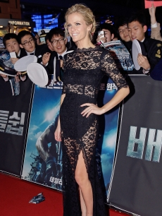 Brooklyn Decker looks stunning in a floor-length lacy gown at the 'Battleship' premiere in Seoul, South Korea on April 5, 2012