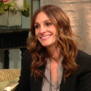 Julia Roberts Reveals Dream Job &amp; Favorite Things