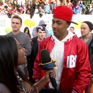 Nick Cannon Feels Like An 'Old Man' At The 2012 Nickelodeon Kids' Choice Awards