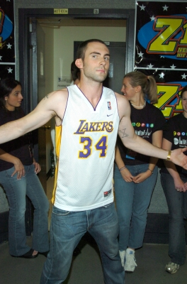 Adam Levine of Maroon 5 flaunts his pride for the Lakers during Z100's Zootopia 2004 in New York City on May 21, 2004
