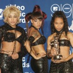 TLC posing with their MTV Video Music Award for Best Group Video for their video 'No Scrubs' during the ceremony at the Metropolitan Opera House at the Lincoln Center in New York on September 10, 1999