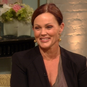 Belinda Carlisle Talks Getting Sober &amp; Still Having Fun With The Go-Go&#8217;s