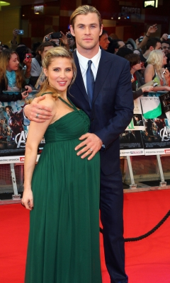 A pregnant Elsa Pataky and Chris Hemsworth attend the European premiere of &#8216;The Avengers&#8217; in London on April 19, 2012