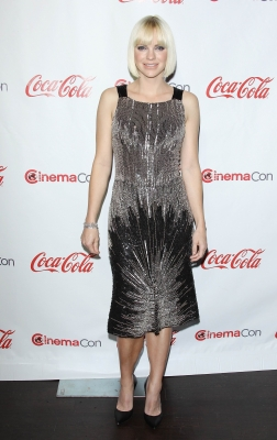Anna Faris sparkles at the  CinemaCon Big Screen Achievement Awards ceremony during CinemaCon 2012 in Las Vegas on April 26, 2012