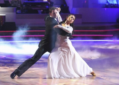 William Levy and Cheryl Burke perform the Viennese waltz on 'Dancing,' April 30, 2012