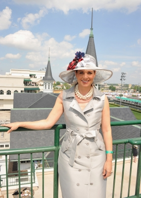 'Smash' star Debra Messing rocks a charcoal hat and dress at the 2012 Kentucky Derby at Churchill Downs in Louisville, KY, on May 5, 2012