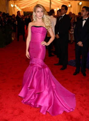 Julianne Hough pops in pink at the 'Schiaparelli And Prada: Impossible Conversations' Costume Institute Gala at the Metropolitan Museum of Art in New York City on May 7, 2012