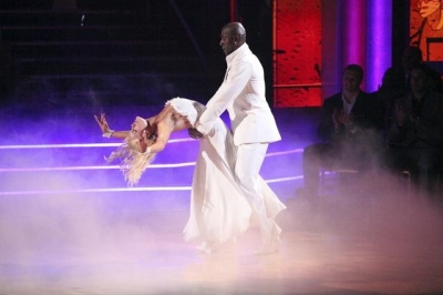 Peta Murgatroyd and Donald Driver perform on 'Dancing with the Stars,' May 14, 2012
