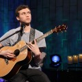 &#8216;American Idol&#8217; Phillip Phillips performs on Access Hollywood following his big win, May 24, 2012