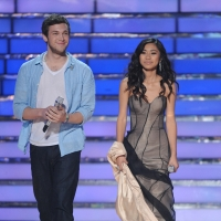 Phillip Phillips and Jessica Sanchez take the stage on Night 1 of the &#8216;American Idol&#8217; Season 11 final, May 22, 2012