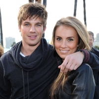 90210 Star Matt Lanter Weds Angela Stacy