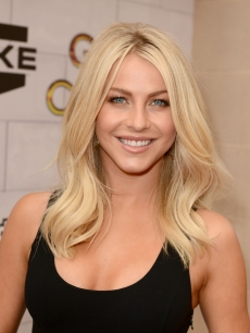 Julianne Hough arrives at Spike TV's 6th Annual 'Guys Choice Awards' at Sony Pictures Studios, Los Angeles, on June 2, 2012