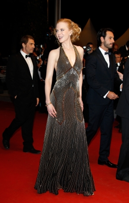 A glam Nicole Kidman steps out for the 'Hemingway & Gellhorn' Premiere during the 65th Annual Cannes Film Festival in Cannes, France on May 25, 2012