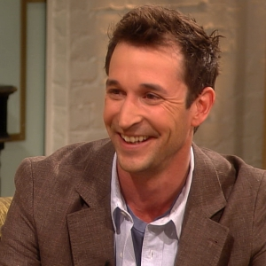 Noah Wyle On His Son&#8217;s Advice To Star In Falling Skies &amp; The Boom Operator That Changed His Life