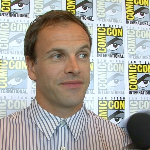 Jonny Lee Miller Talks Starring As Sherlock Holmes In CBS' Elementary - Comic-Con 2012