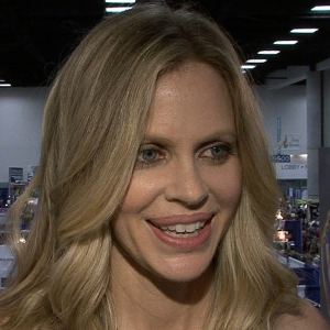 Comic-Con 2012: Kristin Bauer Van Straten Forges New Bonds On True Blood Season 5