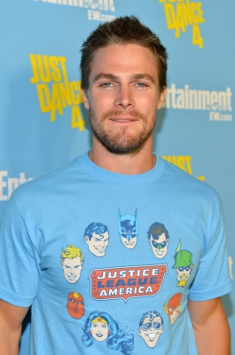 Stephen Amell attends Entertainment Weekly's 6th Annual Comic-Con Celebration sponsored by Just Dance 4 held at the Hard Rock Hotel San Diego on July 14, 2012