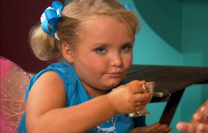 Alana 'Honey Boo Boo' Thompson  chats with Access Hollywood in New York City on August 7, 2012