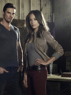 Jay Ryan as Vincent and Kristin Kreuk as Catherine in a promo shot for The CW's 'Beauty & The Beast'