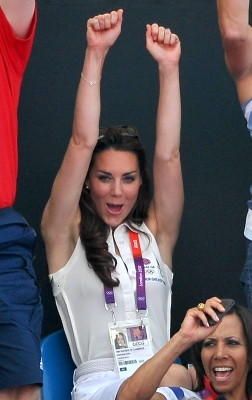 Catherine, Duchess of Cambridge cheers at the Women&#8217;s Hockey bronze medal match between New Zealand and Great Britain at the 2012 Olympic Games at Riverbank Arena Hockey Centre in London on August 10, 2012