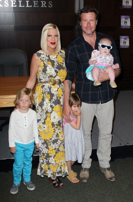 Tori Spelling and husband Dean McDermott pose with their children (L-R) Liam McDermott, Stella McDermott and Hattie McDermott at a signing for Spelling&#8217;s book &#8216;celebraTORI&#8217; at Barnes &amp; Noble at The Grove, Los Angeles, on April 17, 2012