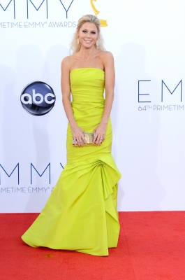 Julie Bowen arrives at the 64th Annual Primetime Emmy Awards at Nokia Theatre L.A. Live in Los Angeles on September 23, 2012