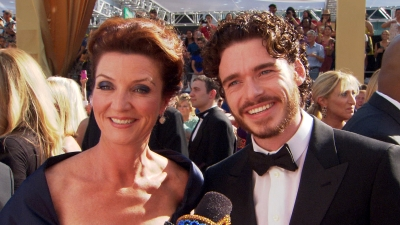 Emmys 2012: Game Of Thrones' Richard Madden & Michelle Fairley Star Gazing On The Red Carpet