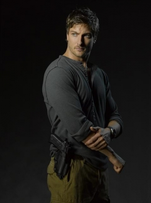 Daniel Lissing as SEAL Officer James King on ABC&#8217;s &#8216;Last Resort&#8217;