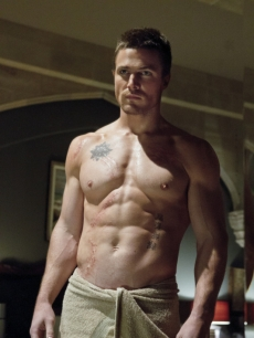 Stephen Amell as Oliver Queen in 'Arrow,' Episode 1, Season 1