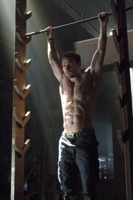 Stephen Amell as Oliver Queen in &#8216;Arrow,&#8217; Episode 1, Season 1