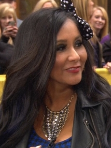 Nicole &#8216;Snooki&#8217; Polizzi on Access Hollywood Live on October 25, 2012