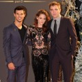 Taylor Lautner, Kristen Stewart and Robert Pattison step out in style at 'The Twilight Saga: Breaking Dawn Part 2' premiere in London on November 14, 2012