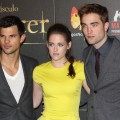 Kristen Stewart, Robert Pattinson and Taylor Lautner attend &#8216;The Twilight Saga: Breaking Dawn - Part 2&#8217; photocall at Kinepolis Cinema on November 15, 2012 in Madrid, Spain